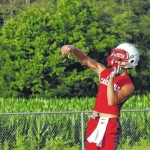 Hounds, Cards play 7-on-7 ball