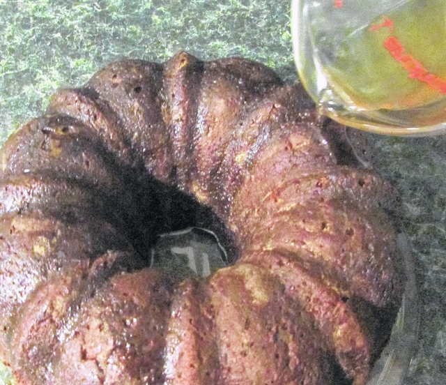 A Cinnamon Whiskey Glaze Seals In The Flavor Of An Apple Pecan Spice Bundt Cake Will Keep For Several Days If You Can Wait That Long