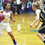 Lady Hounds escape with win