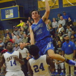 Clutch Hounds down Yellow Jackets