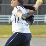 Starmount takes advantage of big inning to down Lady Bears