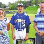 Hounds blank Sauras for 2nd place
