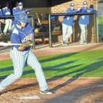 Hounds hold off late SC rally