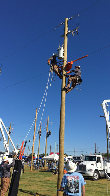 Local Linemen Compete In Rodeo Mt Airy News