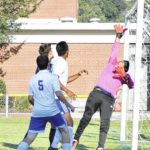 Hounds, Bears battle to draw