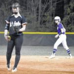 Lady Eagles nipped by Cats