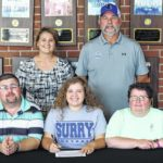 Hinson chooses Lady Knights