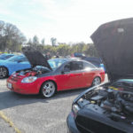 Mustang car club helps Toys for Tots