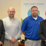 School board recognizes excellence