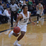 Bears down Sauras to start conference play