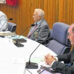 Mayor hospitalized with pneumonia