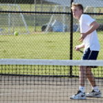 Bears drop two tennis matches