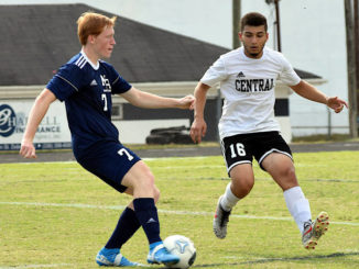 Bears escape Eagles with two PK's