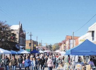 Vintage mart a hit with shoppers, merchants