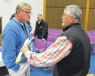 Land purchase passes in split vote