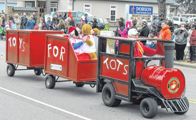 Dobson Christmas Parade 2020 Dobson Christmas parade is Saturday | Mt. Airy News