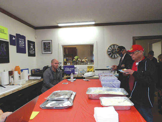 Local businesses honor veterans with lunch   Mt. Airy News